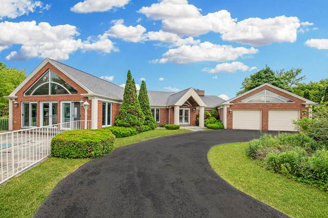 5357 Hunt Club Rd., Wind Point, WI 53402 (#1748568) :: EXIT Realty XL