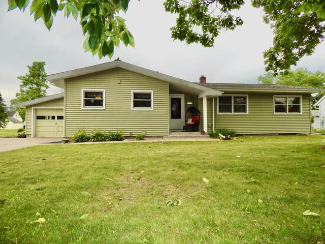 18814 Hobson St, Whitehall, WI 54773 (#1748594) :: EXIT Realty XL