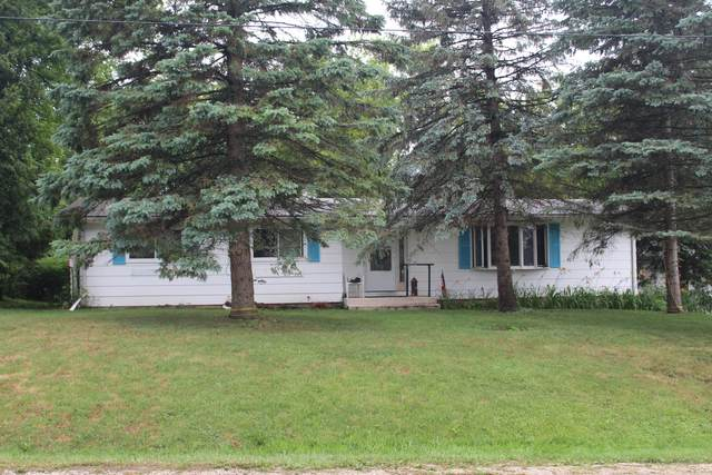 8422 199th Ave, Bristol, WI 53104 (#1748985) :: EXIT Realty XL