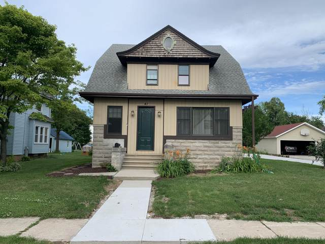 41 Selma St, Plymouth, WI 53073 (#1749549) :: EXIT Realty XL