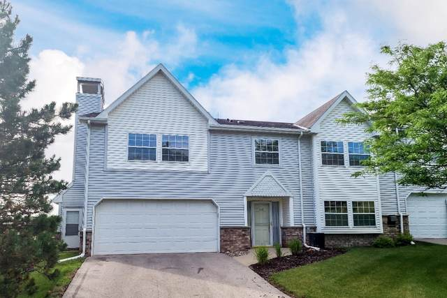 330 Dustin Dr, Brookfield, WI 53045 (#1749746) :: EXIT Realty XL