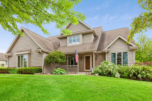 721 Charolais Dr, Slinger, WI 53086 (#1749899) :: RE/MAX Service First