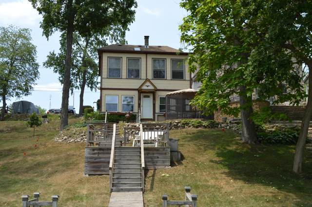 5721 Scenery Dr, Waterford, WI 53185 (#1750229) :: RE/MAX Service First