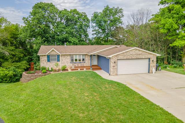 1009 Evergreen Ct, Plymouth, WI 53073 (#1750559) :: EXIT Realty XL