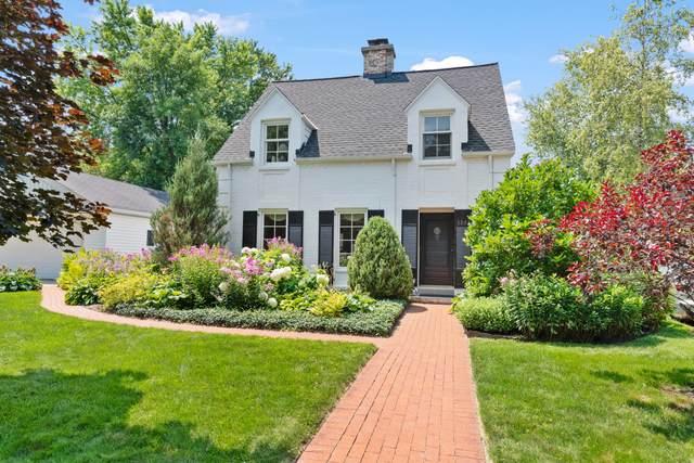 5943 N Santa Monica Blvd, Whitefish Bay, WI 53217 (#1750564) :: OneTrust Real Estate
