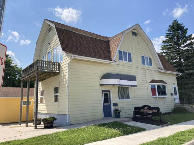 2910 Lincoln Ave, Two Rivers, WI 54241 (#1750565) :: Keller Williams Realty - Milwaukee Southwest