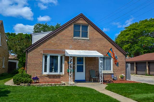 3057 N 87th St, Milwaukee, WI 53222 (#1750566) :: RE/MAX Service First