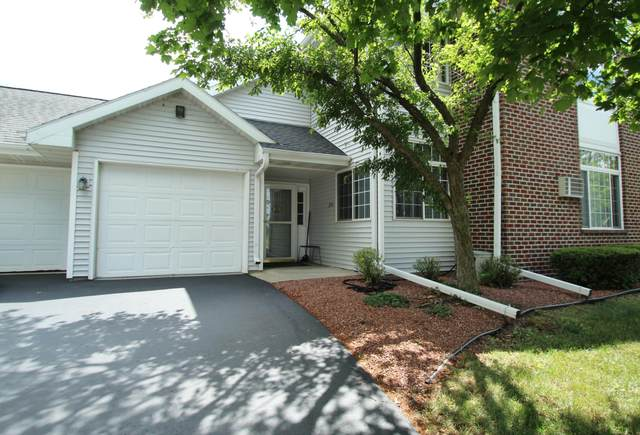 735 Cherokee Path, Lake Mills, WI 53551 (#1750809) :: Tom Didier Real Estate Team