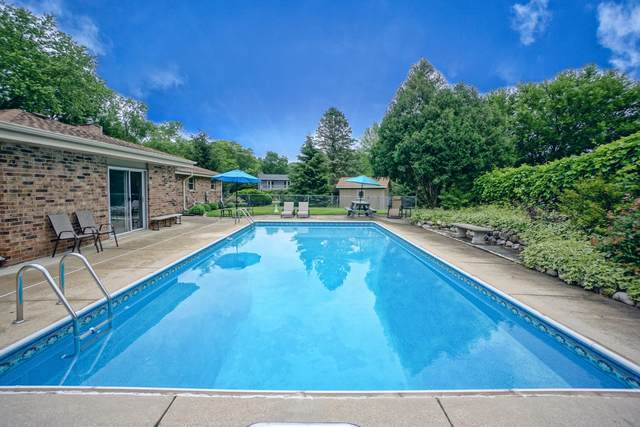 627 Criglas Rd, Wales, WI 53183 (#1750966) :: Re/Max Leading Edge, The Fabiano Group
