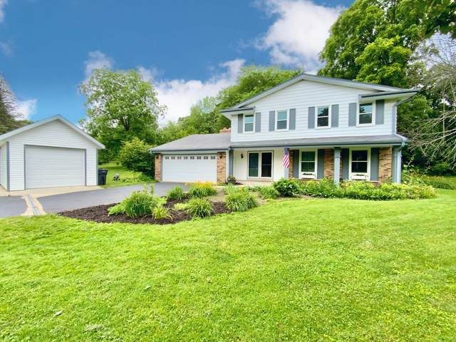 375 S Welsh Rd, Wales, WI 53183 (#1751034) :: Re/Max Leading Edge, The Fabiano Group
