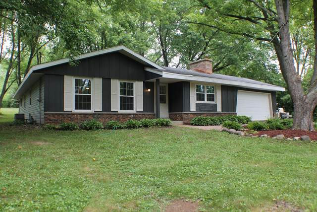 W970 Miramar Rd, East Troy, WI 53120 (#1751288) :: Re/Max Leading Edge, The Fabiano Group