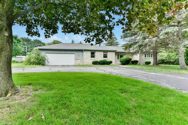 3265 Burlawn Pkwy, Brookfield, WI 53005 (#1751351) :: Keller Williams Realty - Milwaukee Southwest