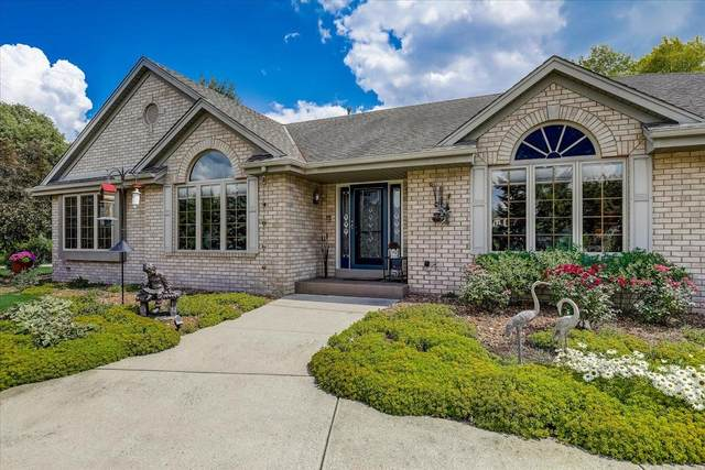 1587 Wolf Run Dr, Richfield, WI 53076 (#1751540) :: EXIT Realty XL