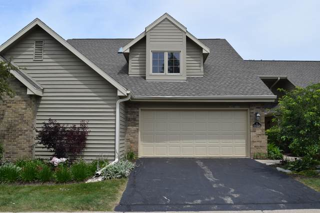 W240N2160 Dorchester Dr 11C, Pewaukee, WI 53072 (#1751704) :: EXIT Realty XL