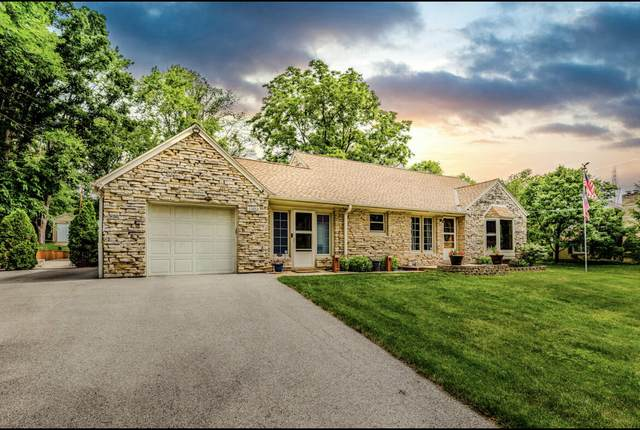 13760 W Kinsey Park Dr, Brookfield, WI 53005 (#1751715) :: EXIT Realty XL