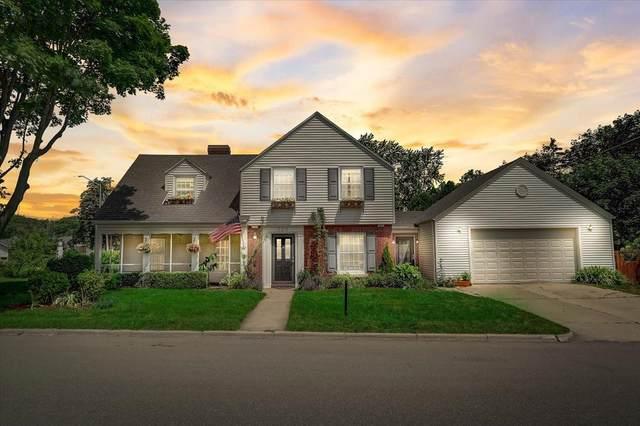 320 Lakecrest Dr, Racine, WI 53402 (#1751733) :: Tom Didier Real Estate Team