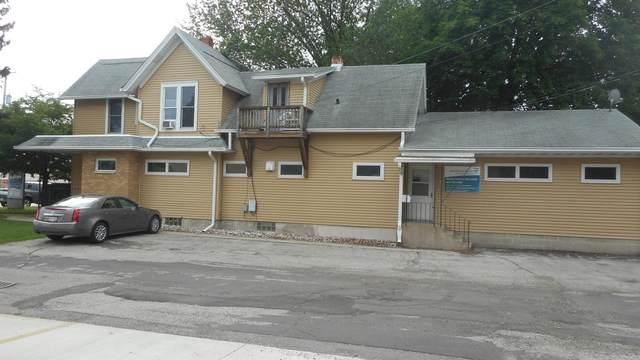 141 S Pine St #3, Burlington, WI 53105 (#1751804) :: Keller Williams Realty - Milwaukee Southwest