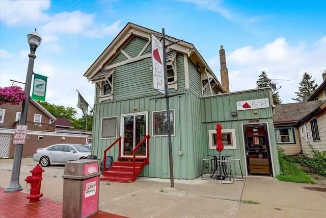 120 N Main St, Dousman, WI 53118 (#1751988) :: Keller Williams Realty - Milwaukee Southwest