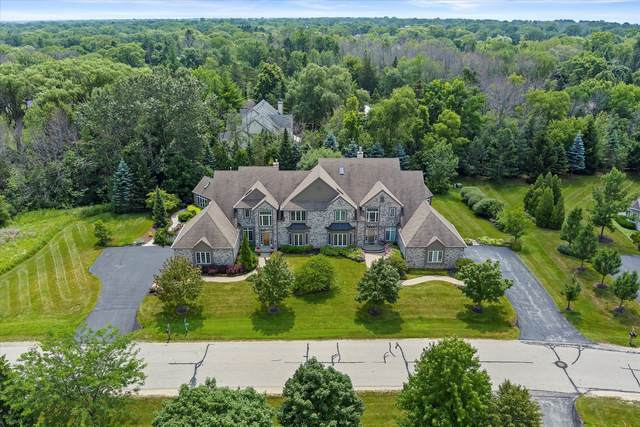 1961 W Hidden Reserve Ct, Mequon, WI 53092 (#1752085) :: EXIT Realty XL