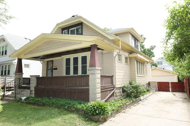 2188 S 84th St, West Allis, WI 53227 (#1752094) :: RE/MAX Service First