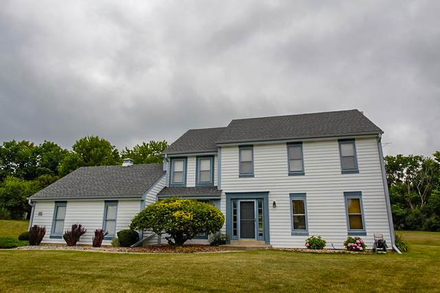 W195S7761 Ancient Oaks Dr, Muskego, WI 53150 (#1752199) :: RE/MAX Service First