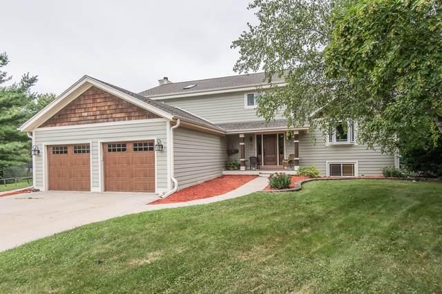 109 Jeffery Ct, North Prairie, WI 53153 (#1752286) :: RE/MAX Service First