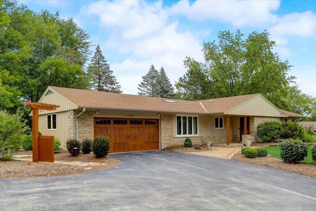 18530 Harvest Ln, Brookfield, WI 53045 (#1752296) :: Re/Max Leading Edge, The Fabiano Group
