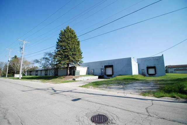 1301 Clark St, Watertown, WI 53094 (#1752304) :: EXIT Realty XL