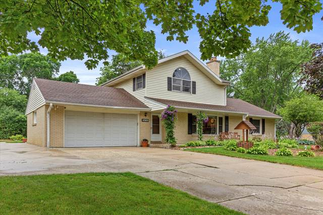4565 N 134th St, Brookfield, WI 53005 (#1752324) :: EXIT Realty XL