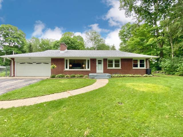780 Tower Hill Dr, Brookfield, WI 53045 (#1752342) :: RE/MAX Service First