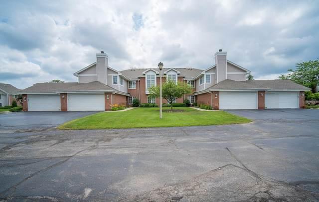 8777 Westlake Dr, Greendale, WI 53129 (#1752451) :: Keller Williams Realty - Milwaukee Southwest