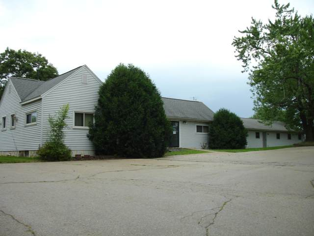 1407 State Road 35, Onalaska, WI 54650 (#1752462) :: EXIT Realty XL