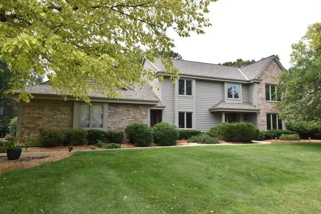 2445 Keats Dr, Brookfield, WI 53045 (#1752576) :: OneTrust Real Estate