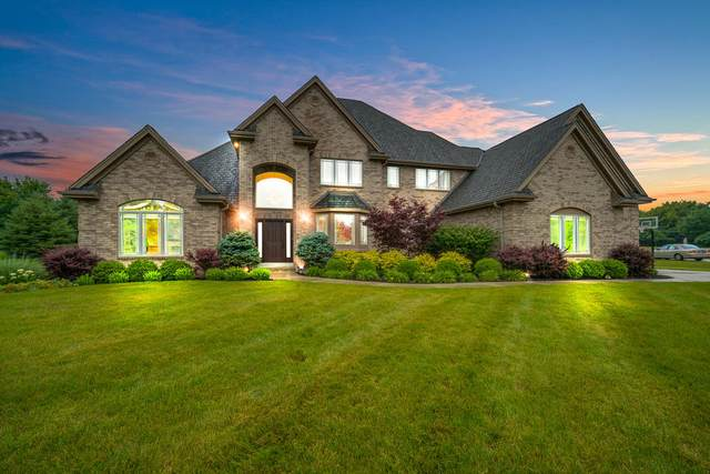 11523 N Concord Creek Dr, Mequon, WI 53092 (#1752624) :: Re/Max Leading Edge, The Fabiano Group