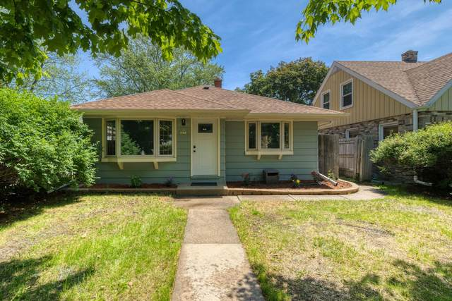 4634 S 49th St, Greenfield, WI 53220 (#1752627) :: Keller Williams Realty - Milwaukee Southwest