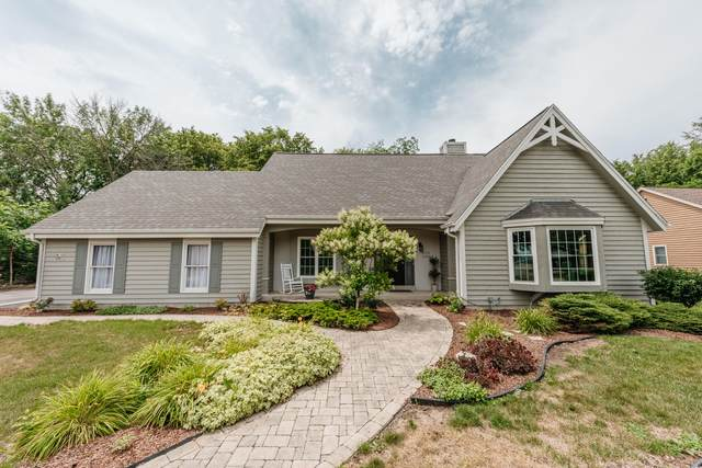 W192S8031 Ancient Oaks Dr, Muskego, WI 53150 (#1752654) :: RE/MAX Service First