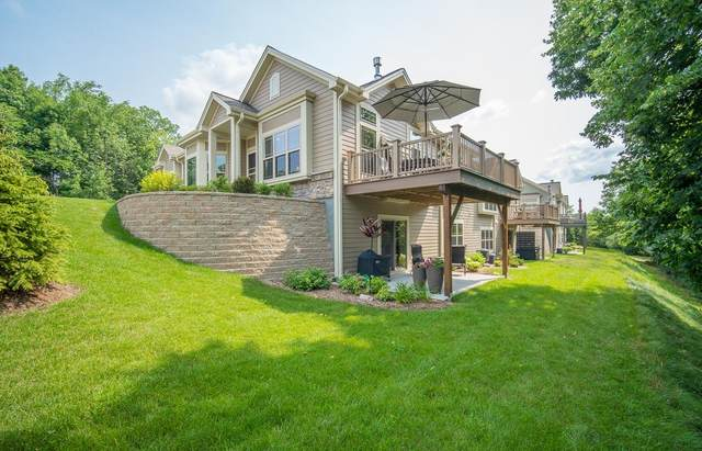 11763 W Wooded Ct, Greenfield, WI 53228 (#1752949) :: RE/MAX Service First