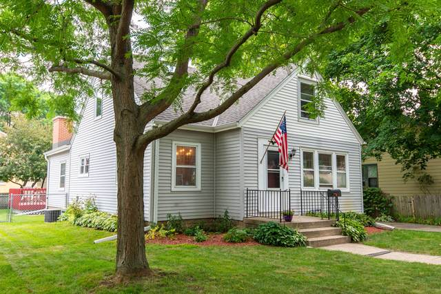 2210 N 73rd St, Wauwatosa, WI 53213 (#1753011) :: RE/MAX Service First