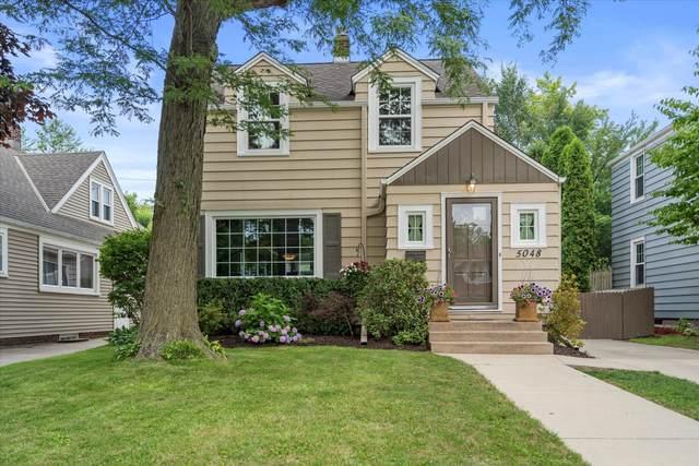 5048 N Berkeley Blvd, Whitefish Bay, WI 53217 (#1753036) :: OneTrust Real Estate