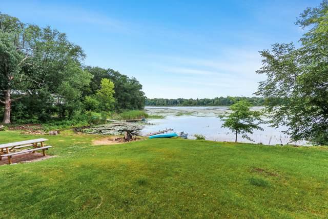 N6913 E Lakeshore Dr, Sugar Creek, WI 53121 (#1753105) :: OneTrust Real Estate