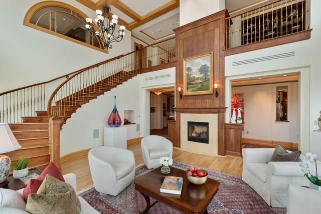 1522 N Prospect Ave #1802, Milwaukee, WI 53202 (#1753111) :: Ben Bartolazzi Real Estate Inc