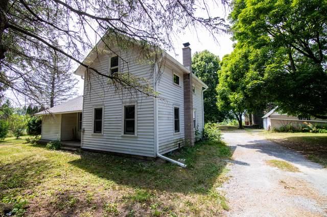 N8007 County Road D, Watertown, WI 53094 (#1753142) :: Tom Didier Real Estate Team
