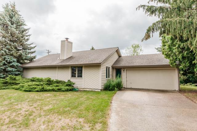 14835 W Janice Ct, New Berlin, WI 53151 (#1753184) :: EXIT Realty XL