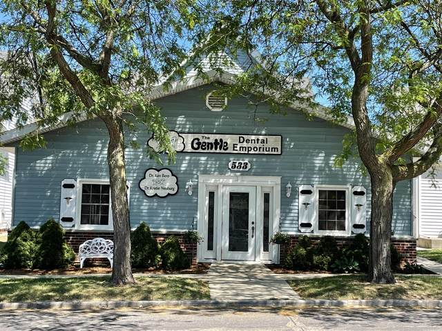 533 S Main St, West Bend, WI 53095 (#1753275) :: EXIT Realty XL