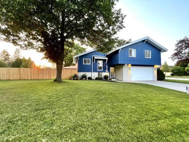 560 E Golden Ln, Oak Creek, WI 53154 (#1753283) :: EXIT Realty XL