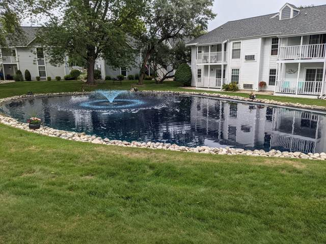 300 Foxwood Dr #135, Waterford, WI 53185 (#1753400) :: OneTrust Real Estate