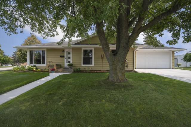 1334 Hilltop Ln, Plymouth, WI 53073 (#1753462) :: EXIT Realty XL