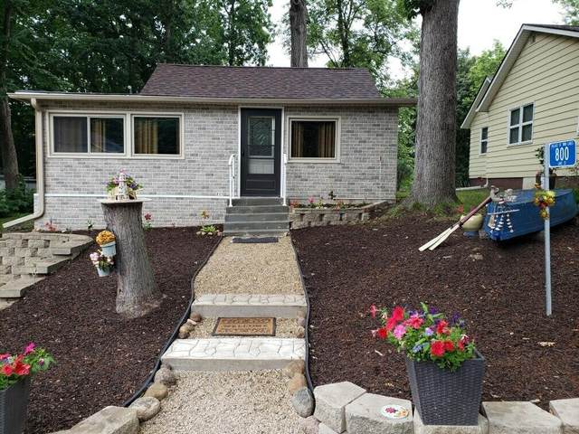 800 Lake St, Twin Lakes, WI 53181 (#1753489) :: RE/MAX Service First