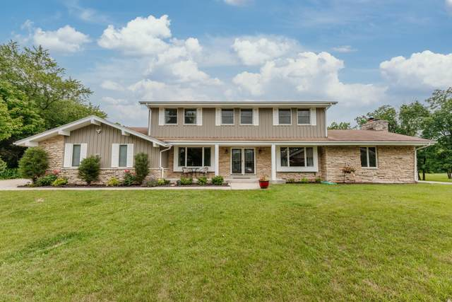 12501 N Jacqueline Ct, Mequon, WI 53092 (#1753531) :: Re/Max Leading Edge, The Fabiano Group