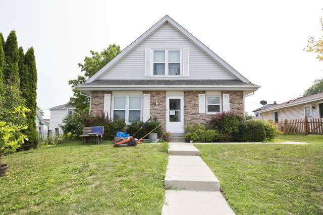 1013 Davis Ave, South Milwaukee, WI 53172 (#1753711) :: EXIT Realty XL